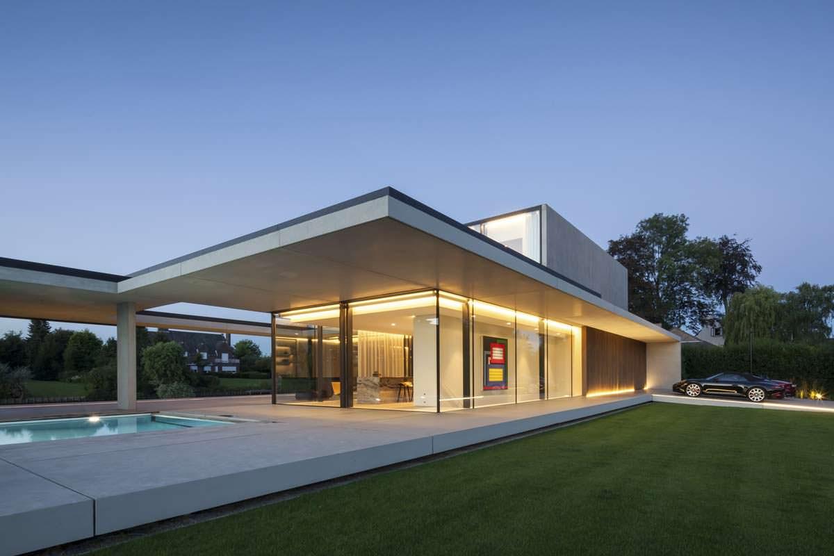 Шикарный дом. Дизайн Govaert & Vanhoutte Architects