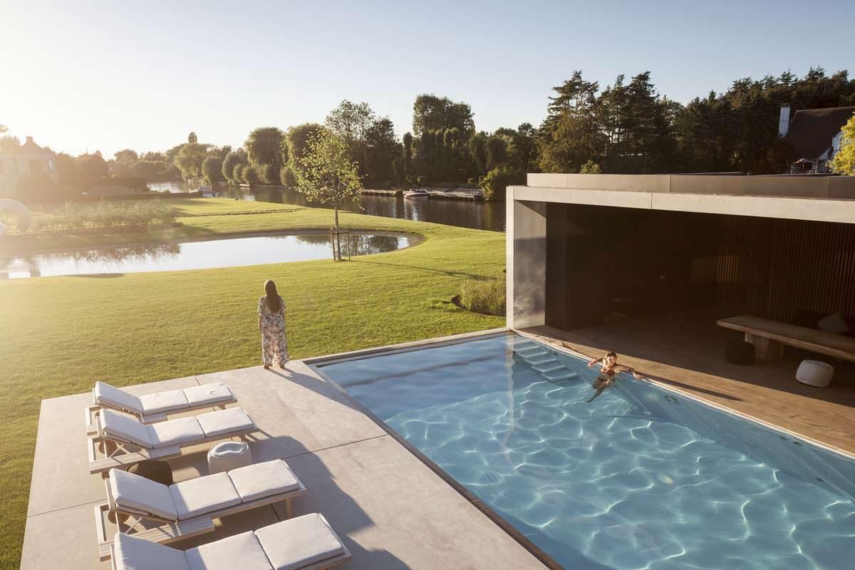 Шикарная вилла с бассейном
