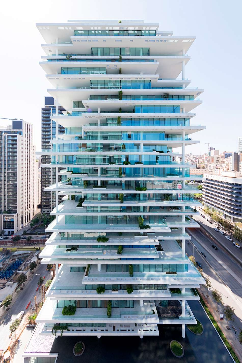 Стеклянный жилой комплекс Beirut Terraces от Herzog & De Meuron