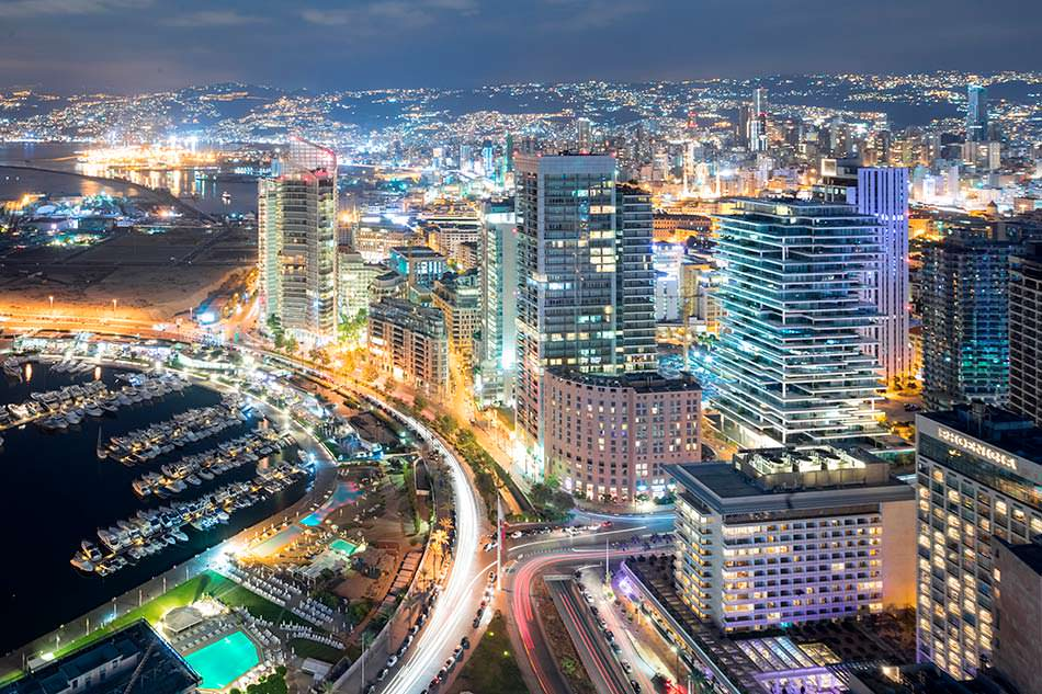 Фото   Бейрут с высоты ночью. Столица Ливана