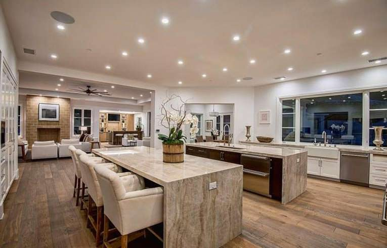 Дизайн кухни для гурманов в доме The Weeknd