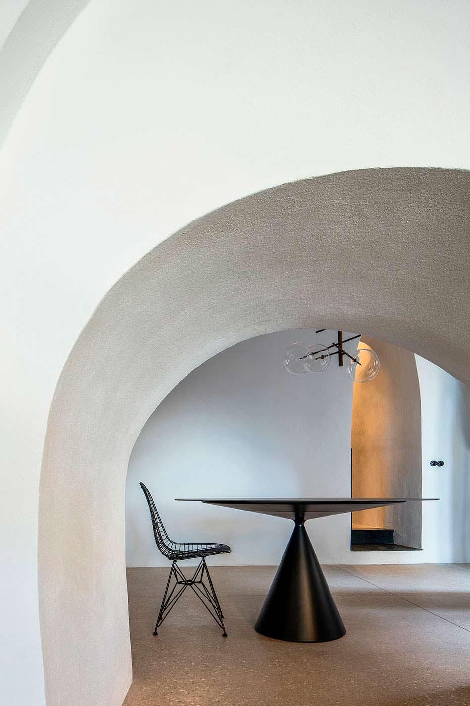 Фото | Квартира-пещера в стиле минимализм. Яффа, Израиль