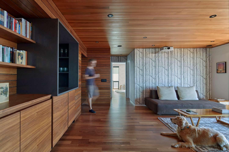 Дизайн интерьера из красного дерева