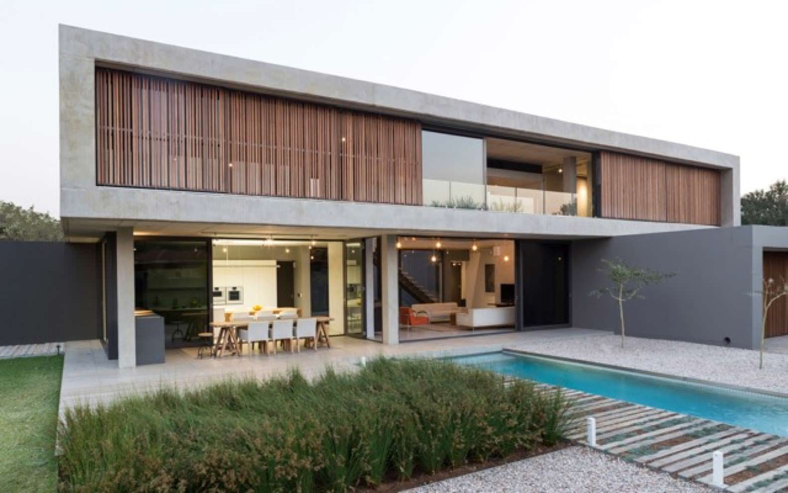 Минималистский дом для большой семьи в Южной Африке