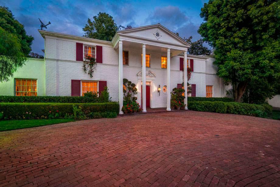 Фото | Дом в колониальном стиле актрисы Одри Хепбёрн