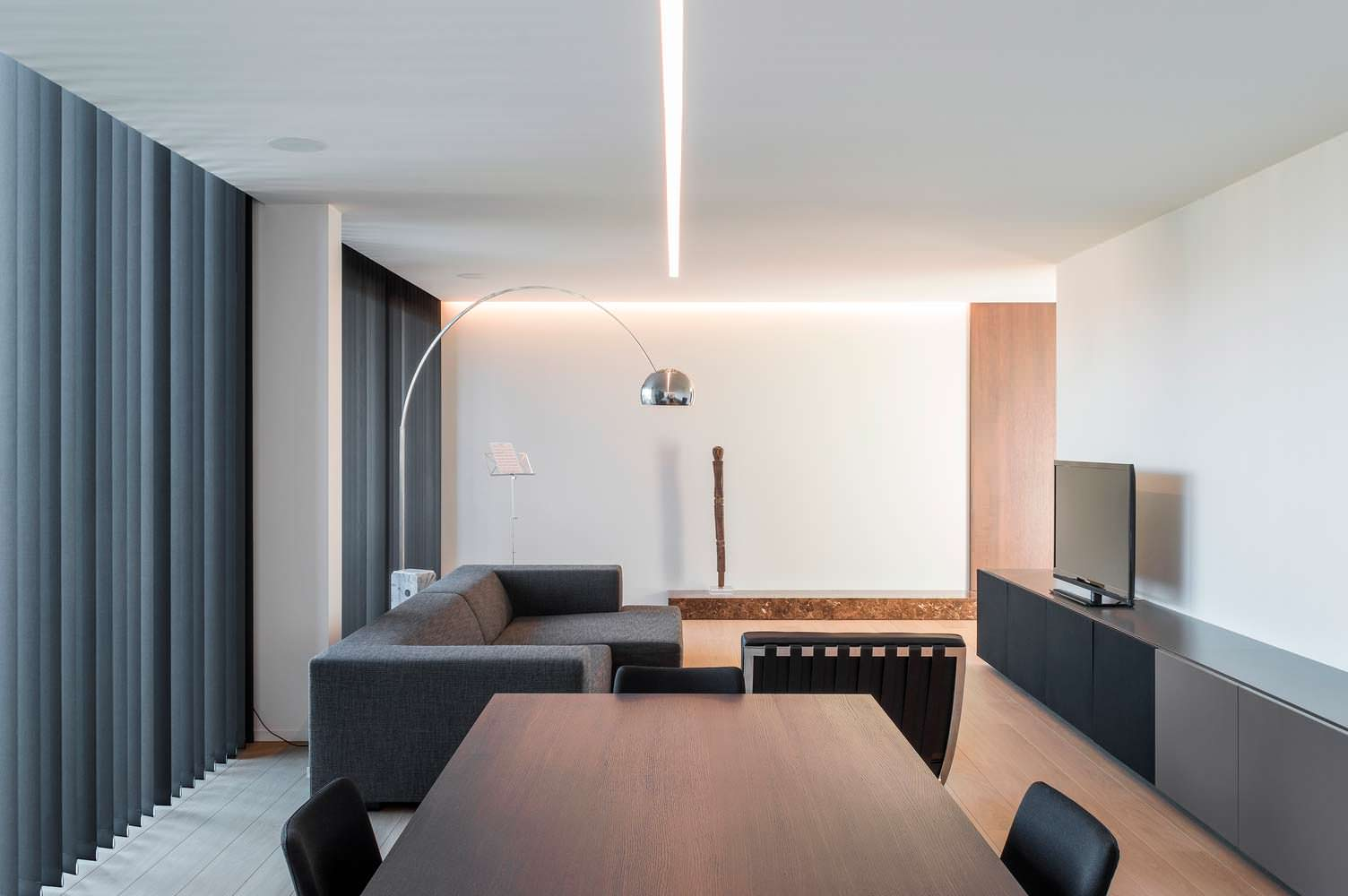 Дизайн офиса в стиле Hi-Tech