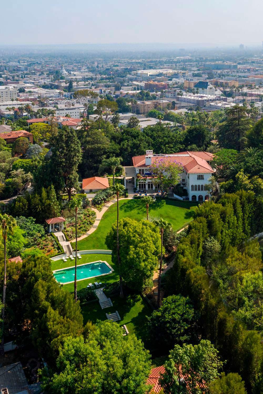 Фото   Новый дом Анджелины Джоли в старом Голливуде