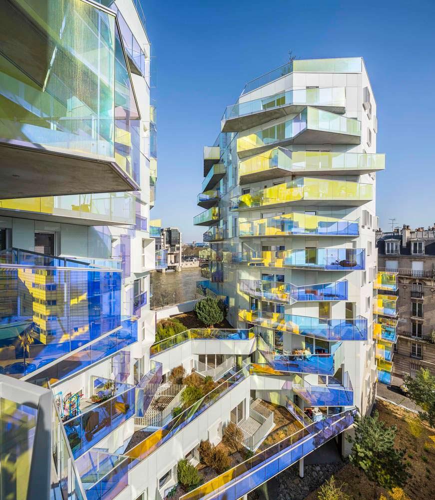 ЖК Fulton в Париже. Дихроичное стекло балконов