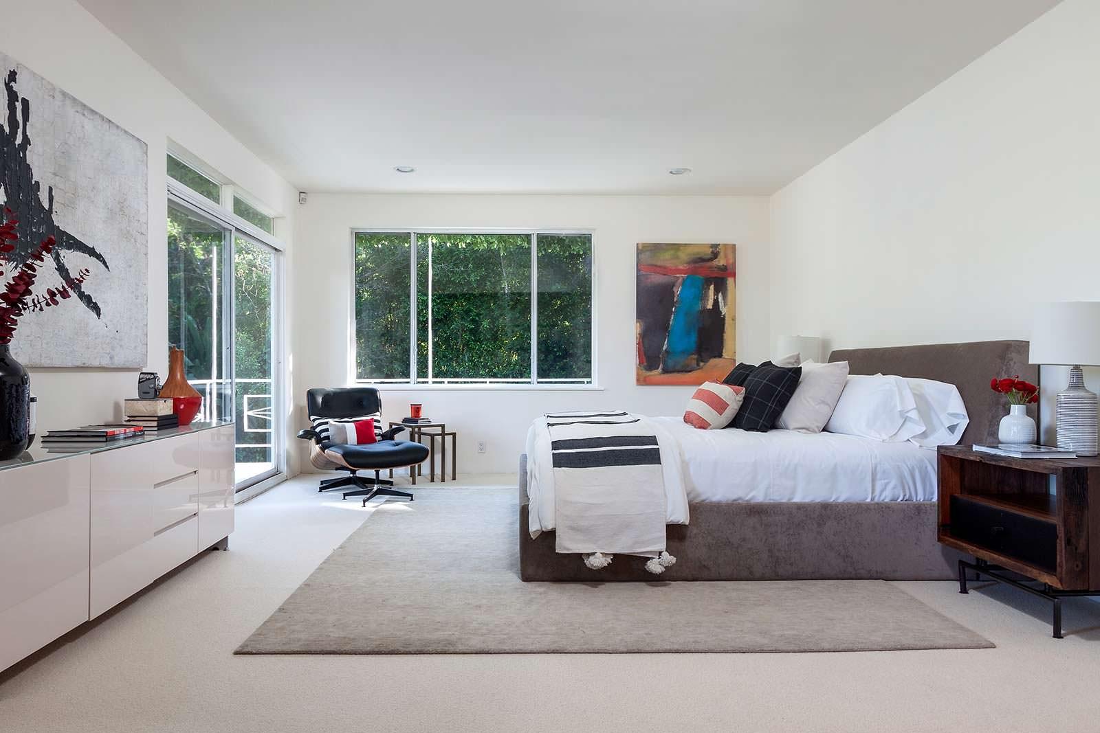Дизайн спальни в доме Джареда Лето