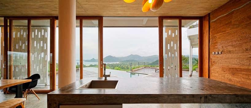 Дизайн кухни с панорамным видом на океан. Проект BPA