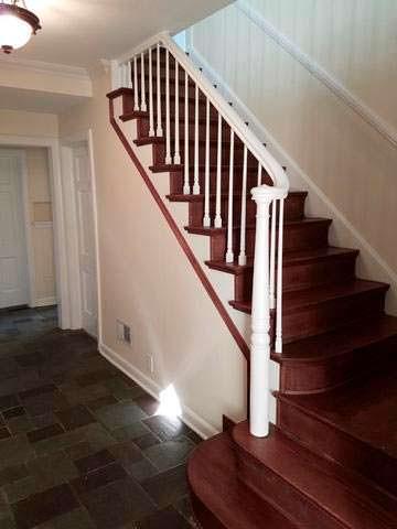 Лестница на второй этаж в доме Опры Уинфри в Чикаго