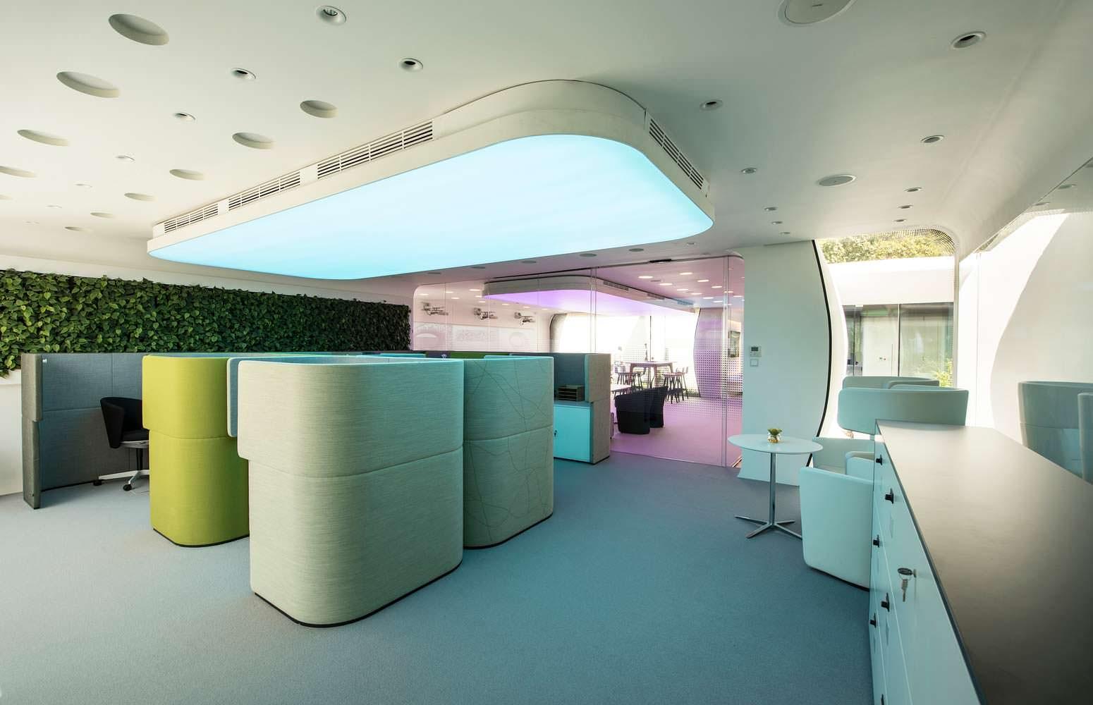 Рабочие пространства в офисе будущего от Killa Design