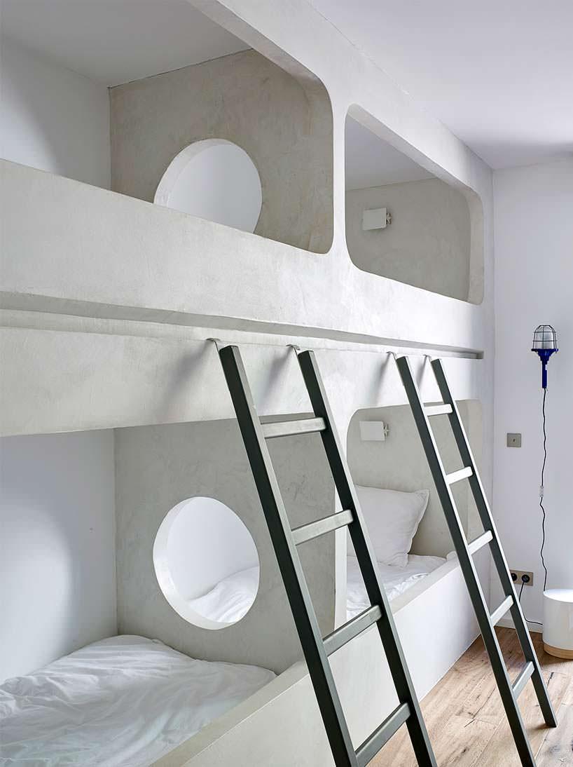 Дизайн многоярусной кровати в вилле от Atelier Du Pont