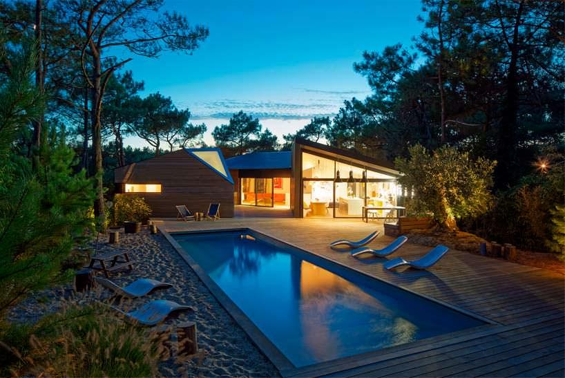 Загородная вилла с бассейном в окрестностях Бордо