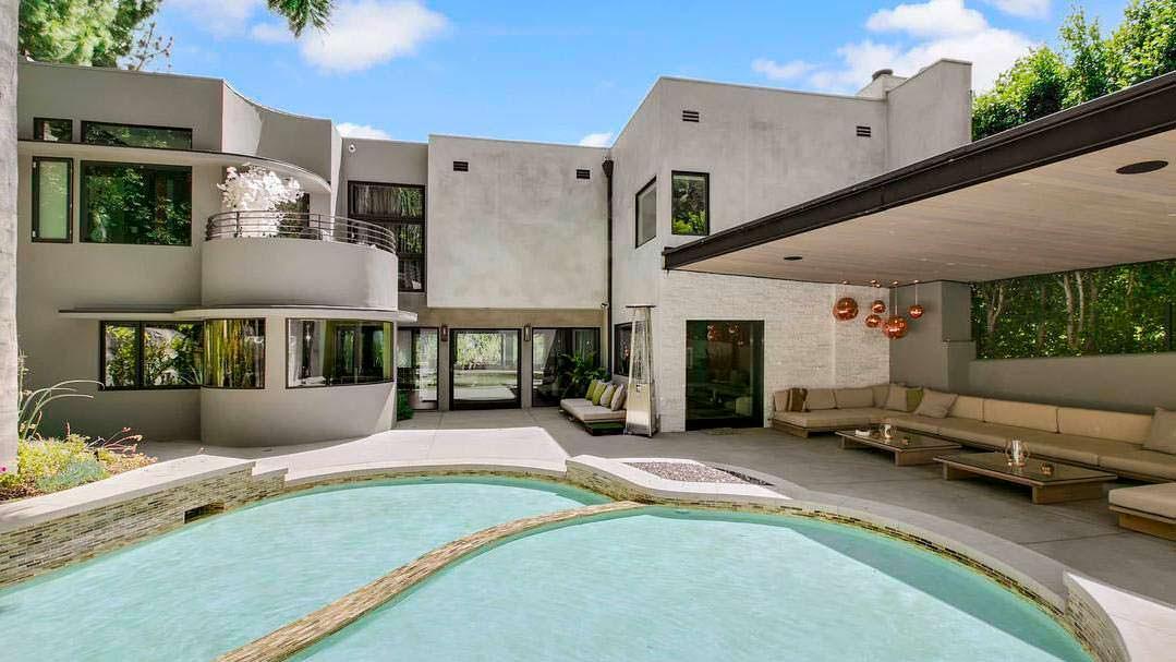 Дом Адама Ламберта 1947 года постройки в Лос-Анджелесе