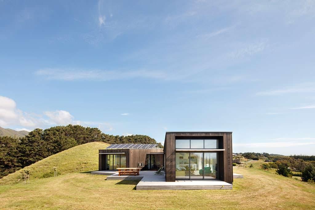 Современный дом на вершине холма рядом с пляжем Пика Пика