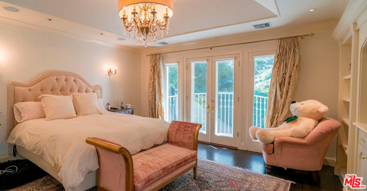 Элитная спальня в доме теннисистки Серены Уильямс