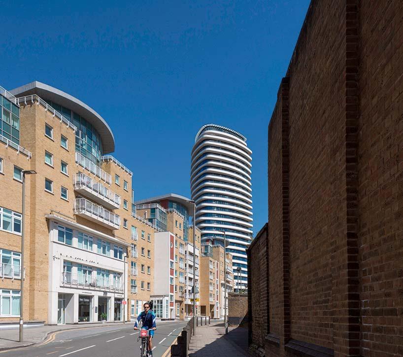 28-этажная жилая башня Lonbard Wharf в Лондоне