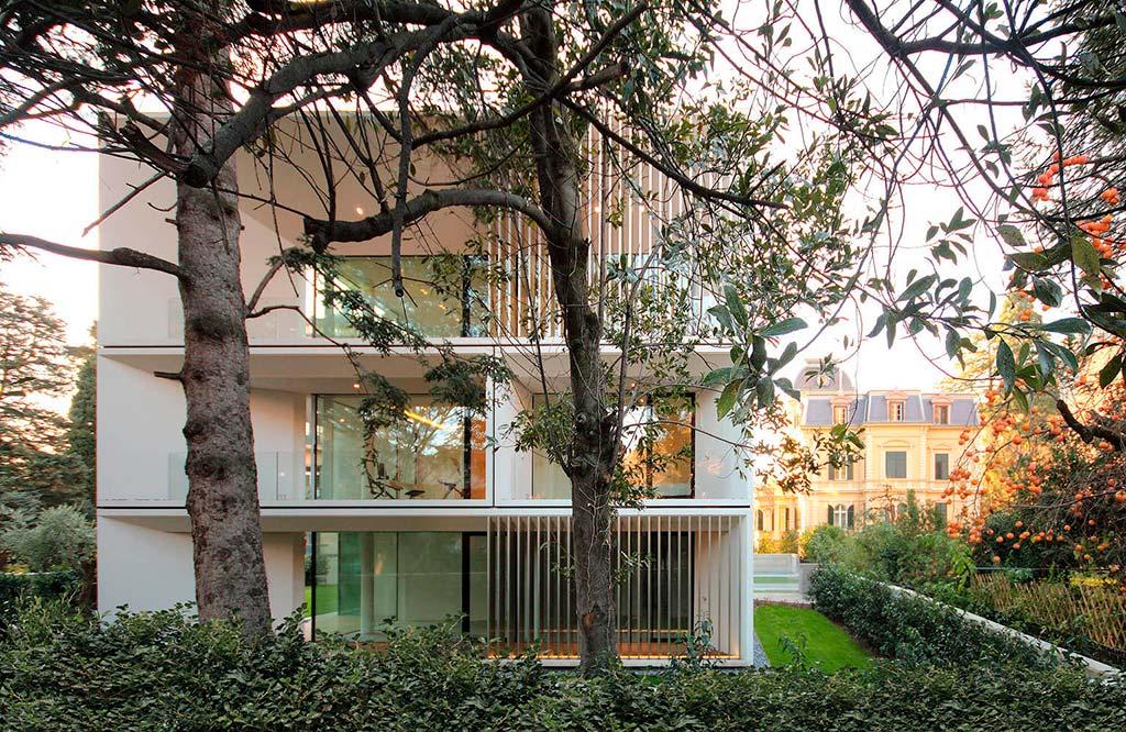 Трехэтажный многоквартирный дом в Больцано от студии JMA