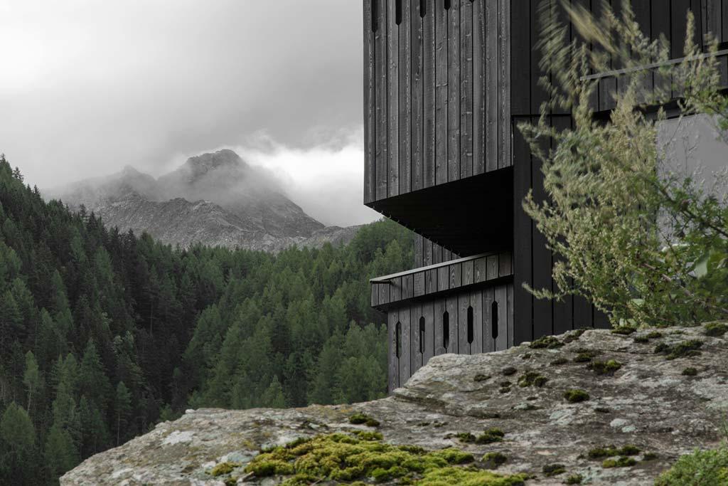 Hotel Bühelwirt: деревянный отель в горах Италии