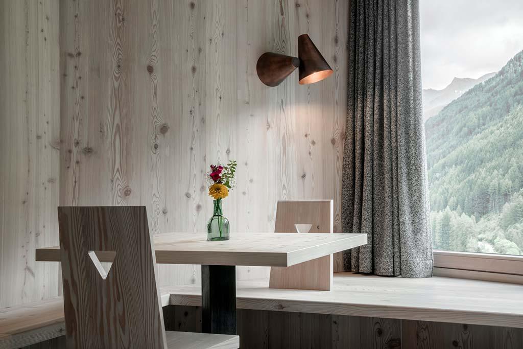 Натуральная древесина в номере отеля Hotel Bühelwirt