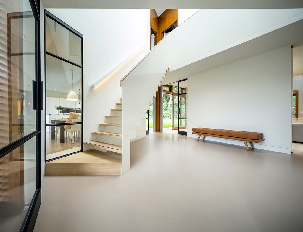 Интерьер в стиле минимализм от Moke Architecten