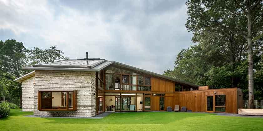 Современный дом для большой семьи от Moke Architecten | фото
