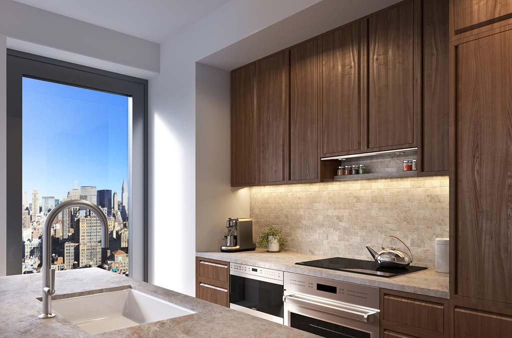 Кухня с панорамным окном и видом на Нью-Йорк