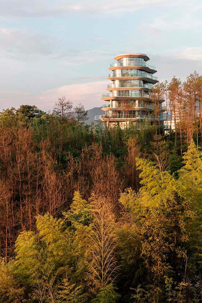Китайская горная деревняот MAD Architects
