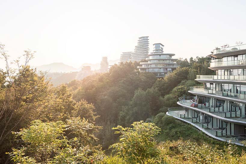 Горная деревняу озера Тайпинг Huangshan Mountain Village
