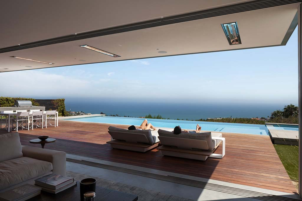 Дом с бассейном и видом на океан от Ehrlich Architects