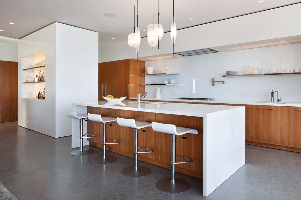 Современный дизайн кухни от Ehrlich Architects