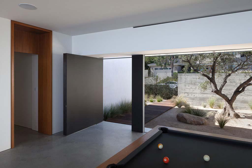 Современный дом в Лос-Анджелесе от Ehrlich Architects