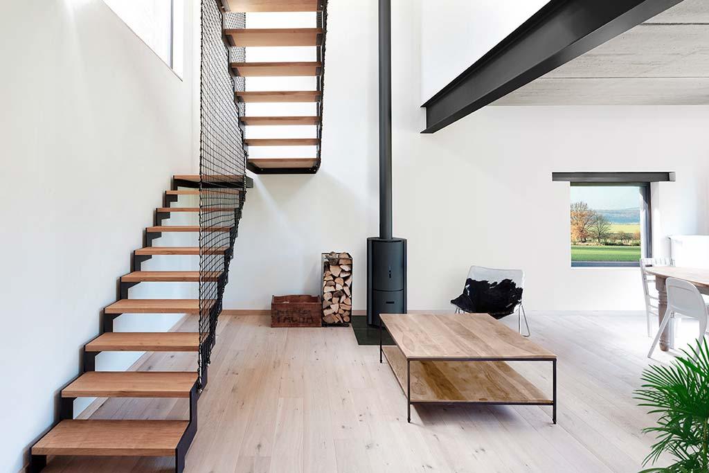 Гостиная трёхэтажного дома. Дизайн URBAN architectes