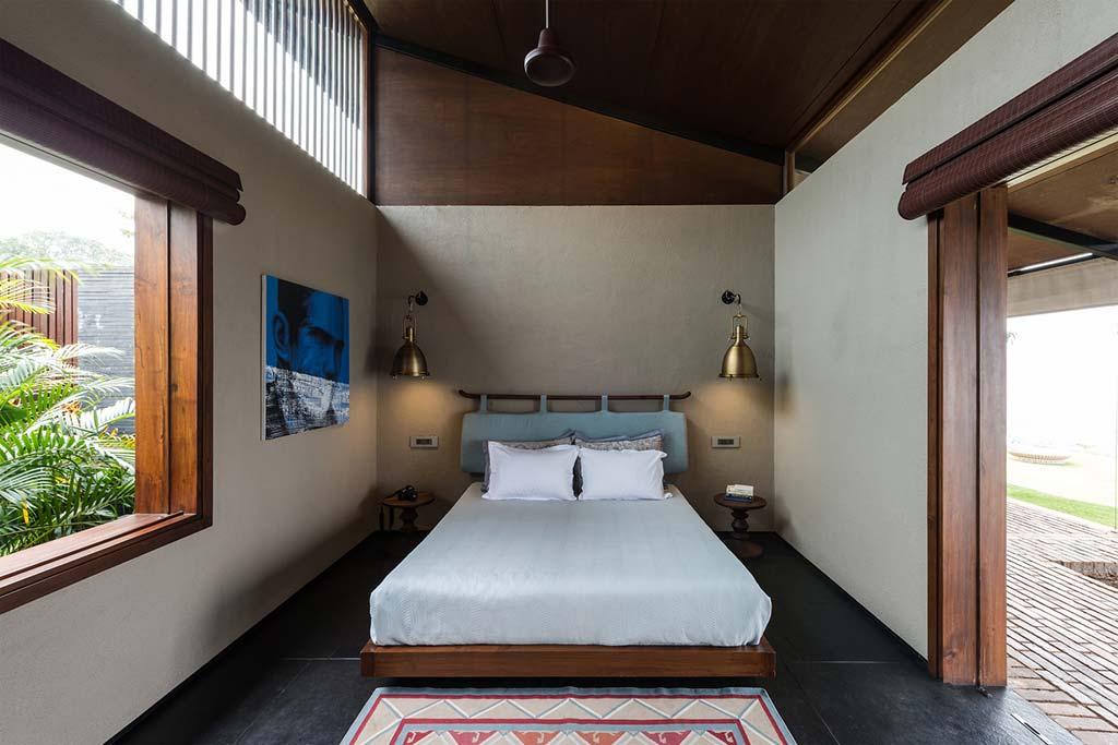 Спальня виллы в горах Индии от Spasm Design