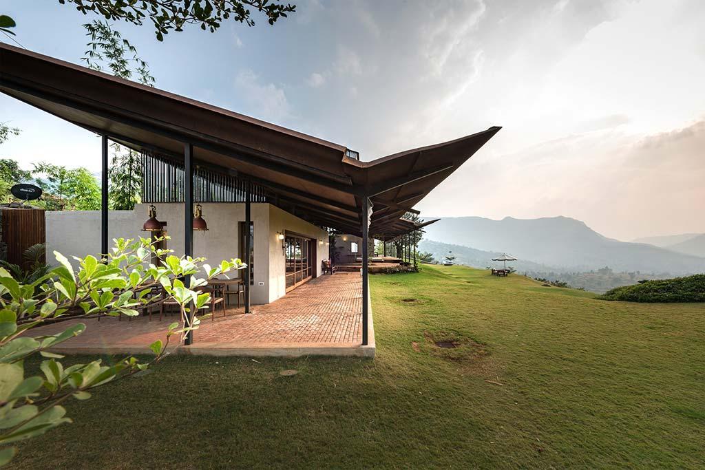 Загородный дом в Индии. Проект Spasm Design