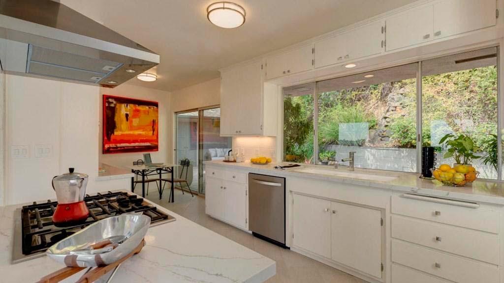 Дизайн кухни виллы в Калифорнии