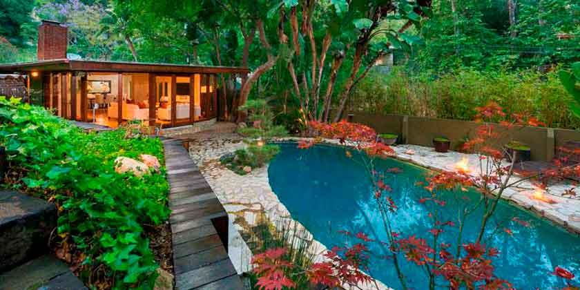 Актриса Анна Фэрис продаёт дом на Голливудских холмах