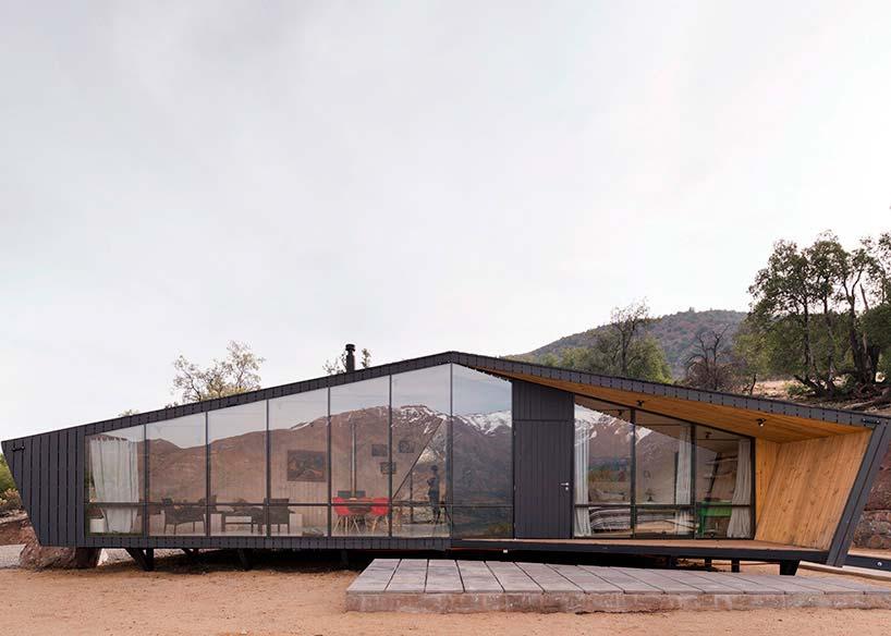 Фантастический дом в горах Чили от Gonzalo Iturriaga Arquitectos