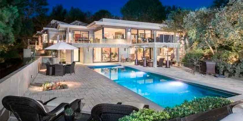 Актриса Джейн Фонда продает дом в Беверли-Хиллз | фото, цена