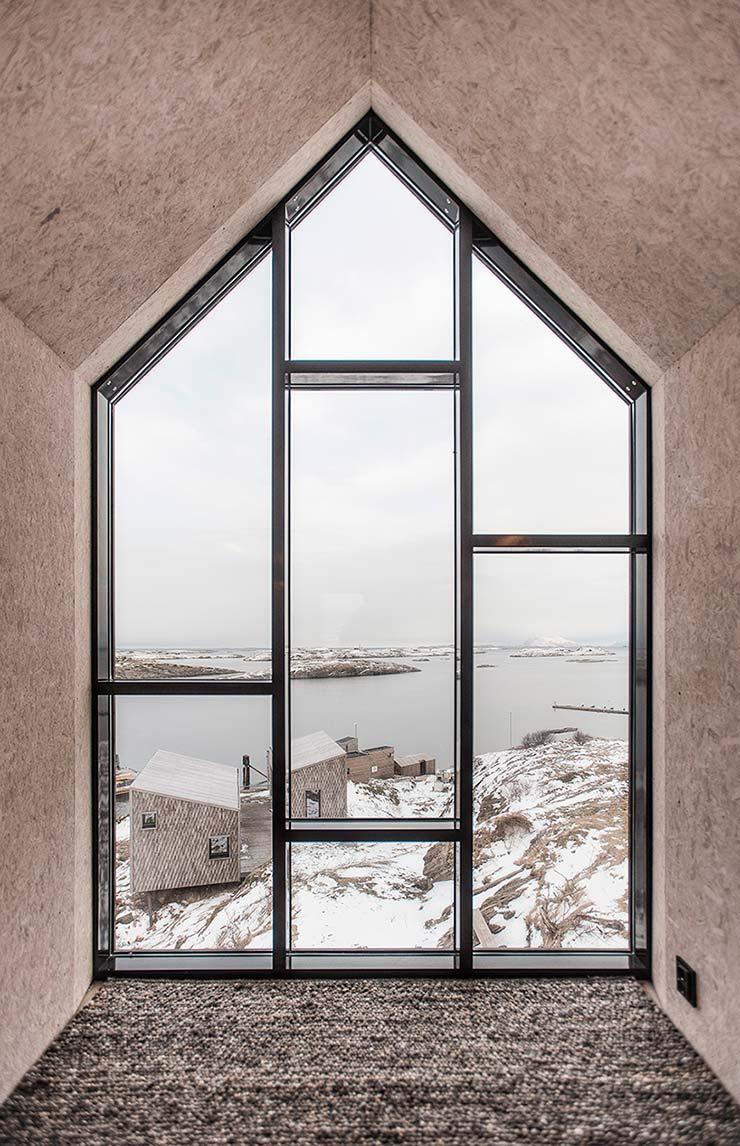 Дом с видом на острова Норвежского моря