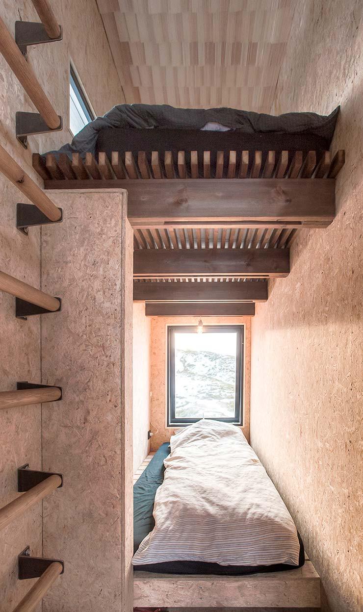 Двухъярусная спальня в доме. Проект TYIN Tegnestue