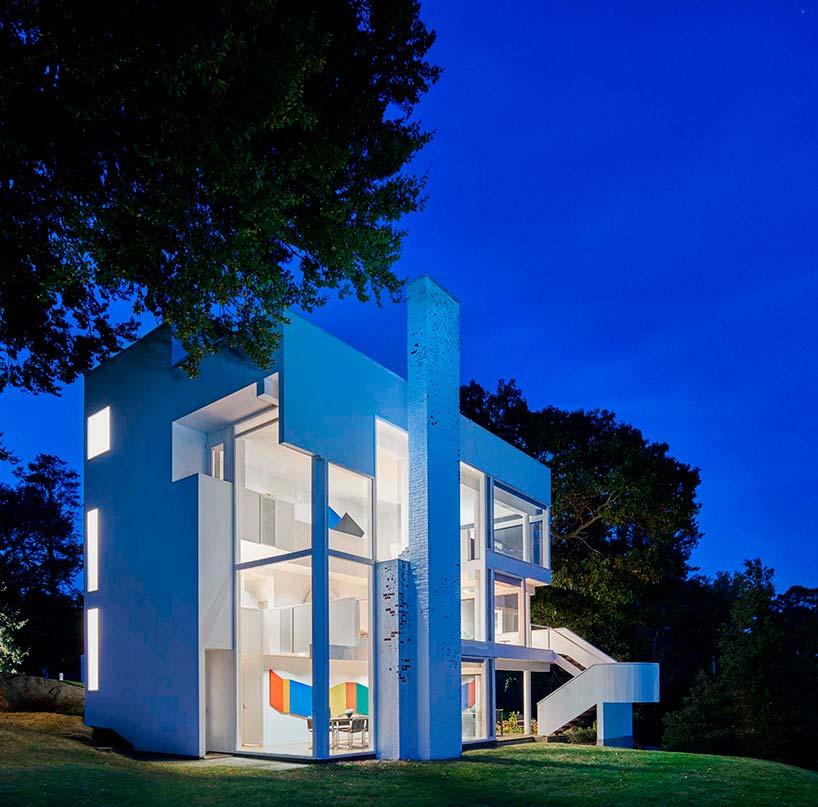 50-летний дом Смитс Хауз архитектора Ричарда Мейера