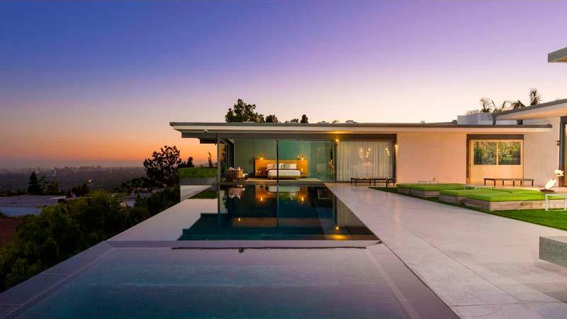 Дом знаменитости за $12,5 млн