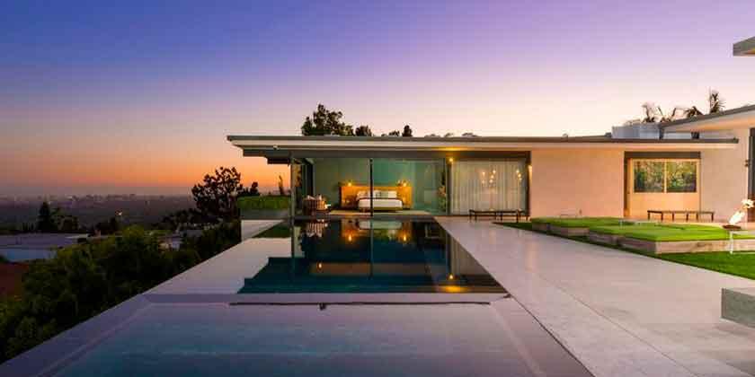 Мэттью Перри продал дом в Голливуде. Цена $12,5 млн, фото
