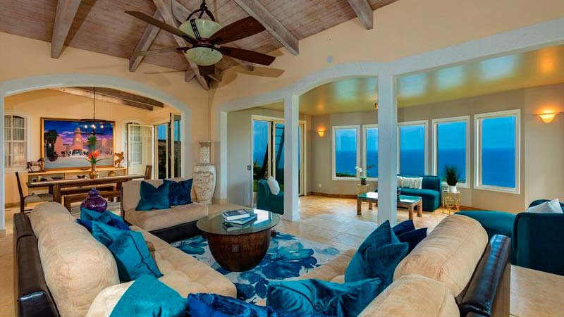 Дом на Гавайях с видом на океан