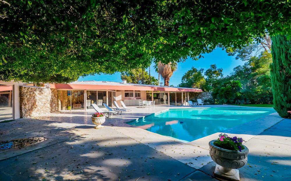 Дом Элвиса Пресли в Калифорнии