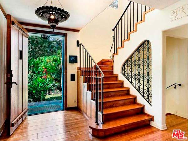 Интерьер дома в традиционном стиле