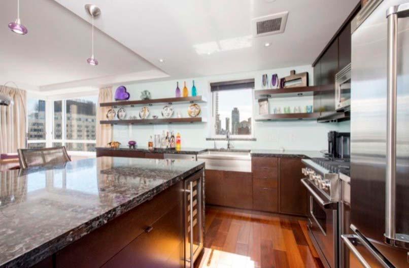 Дизайн кухни в квартире писателя