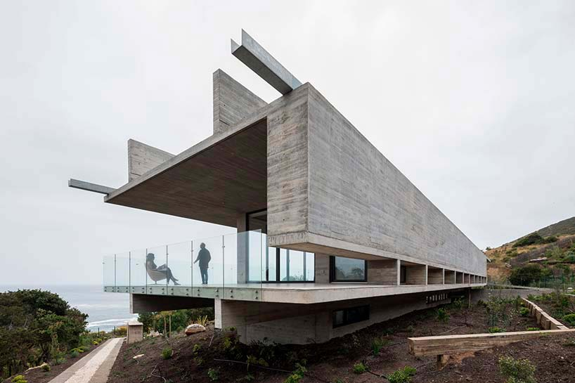 Вилла у океана в Чили. Проект Felipe Assadi Arquitectos